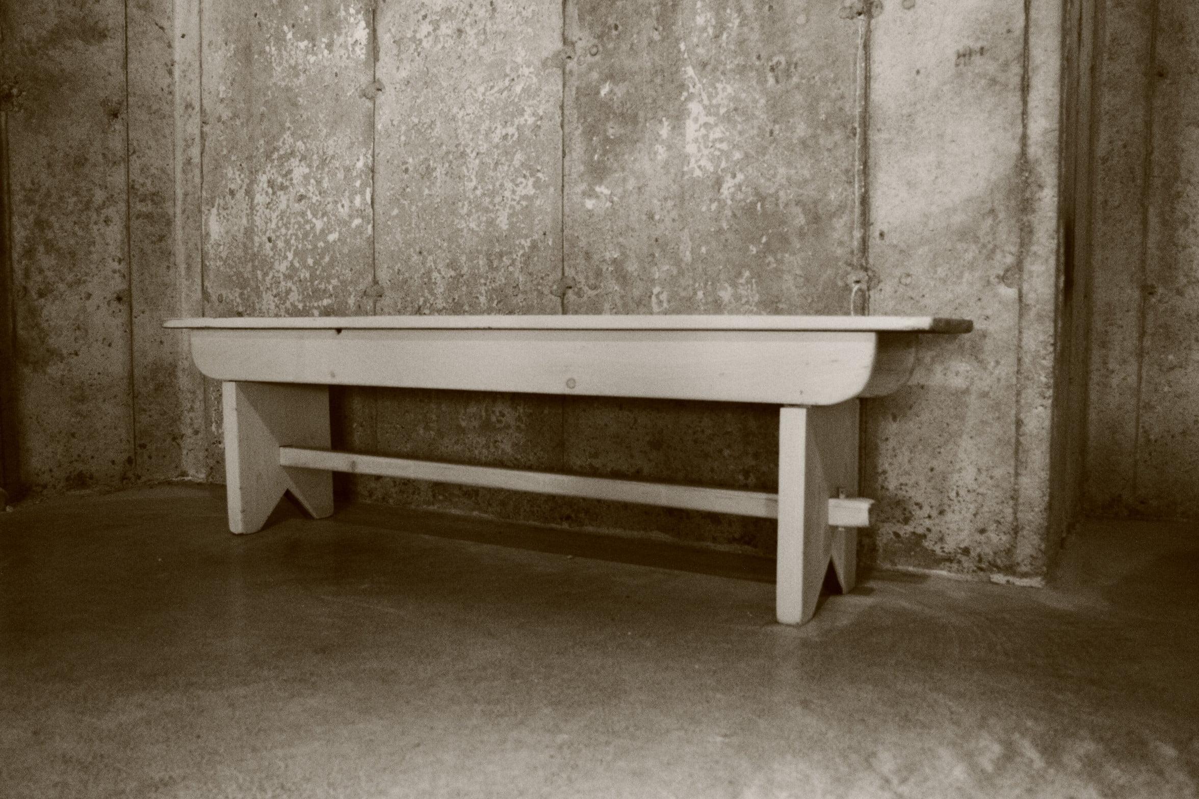 reproduction meuble d 39 poque banc tr teau meubles. Black Bedroom Furniture Sets. Home Design Ideas