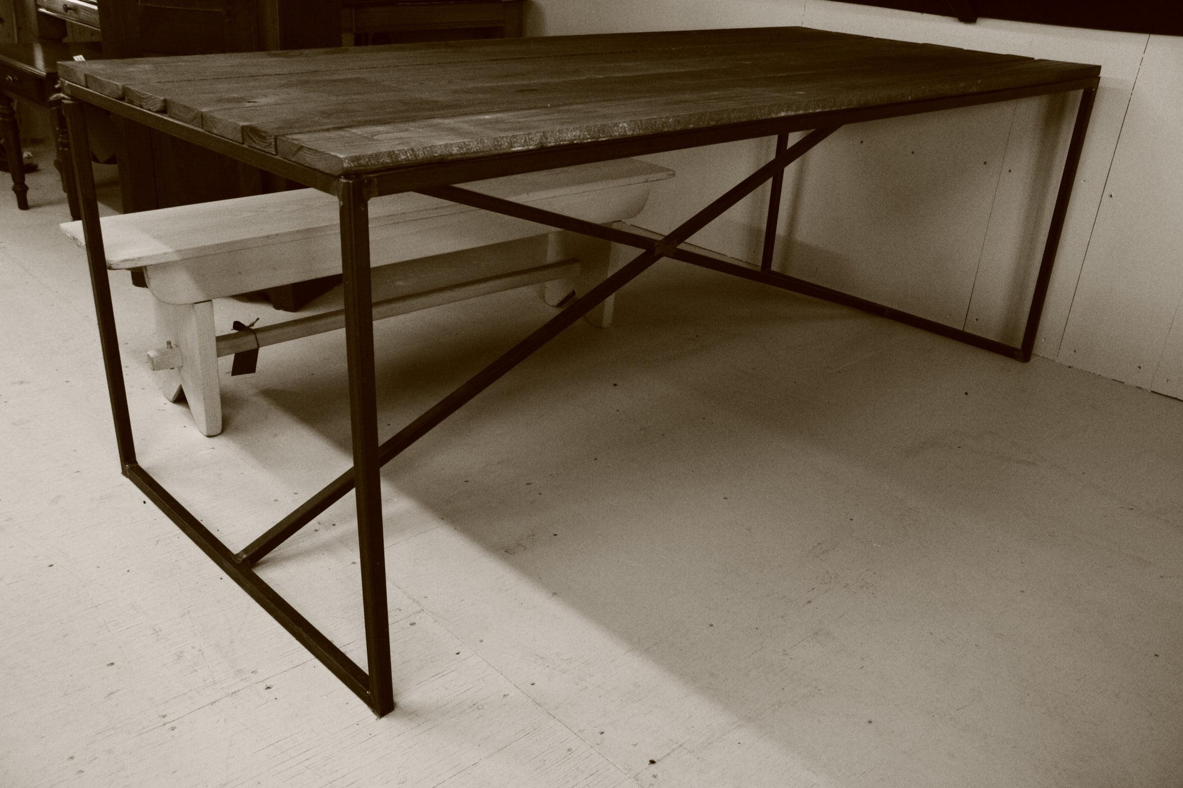 Table L'Industriel en X