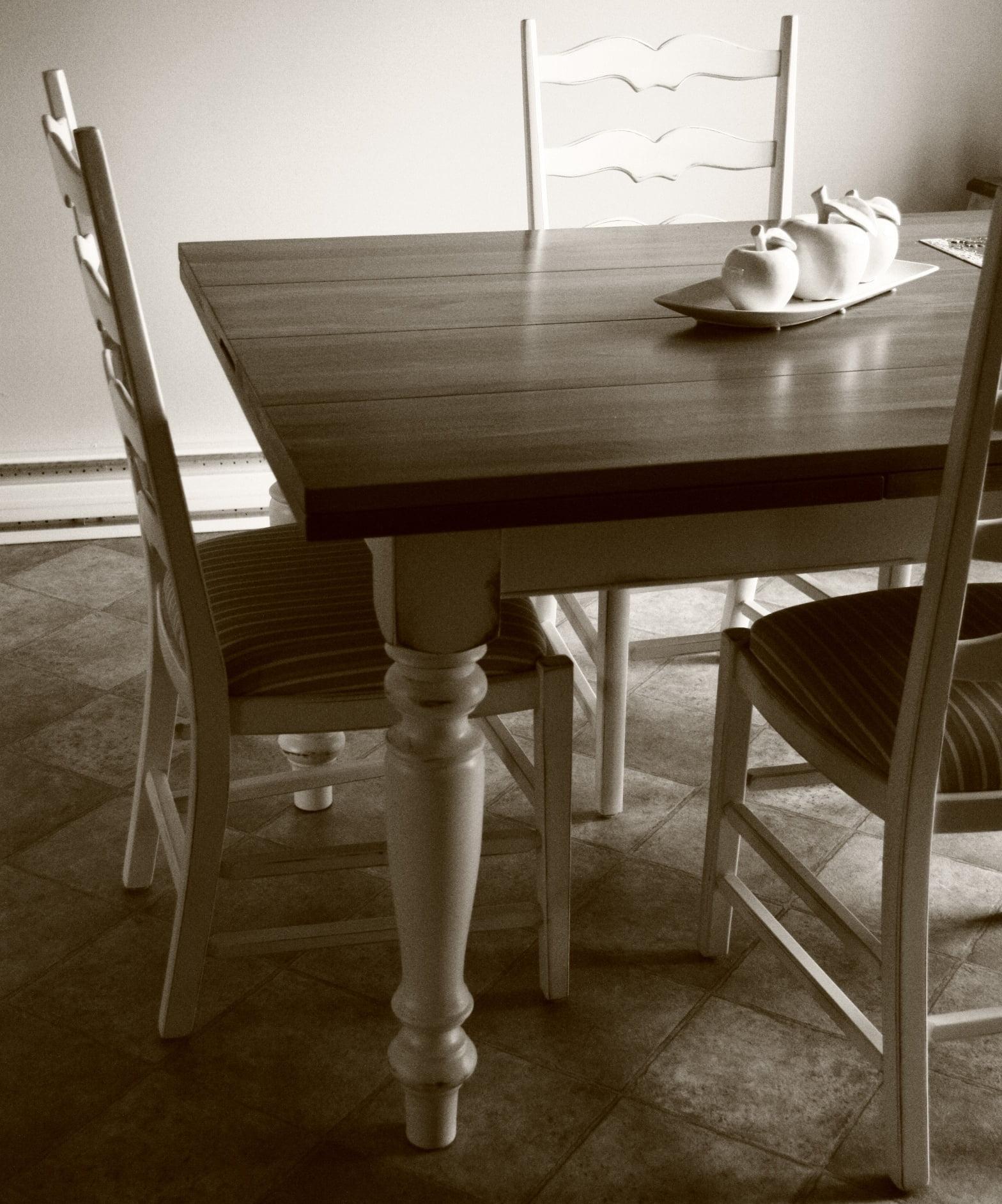 Table La Campagnarde, avec tiroirs